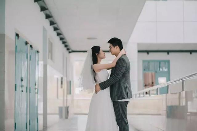 校园爱情故事:他们从大学同学到结成夫妻,一起奋斗,甜甜蜜蜜
